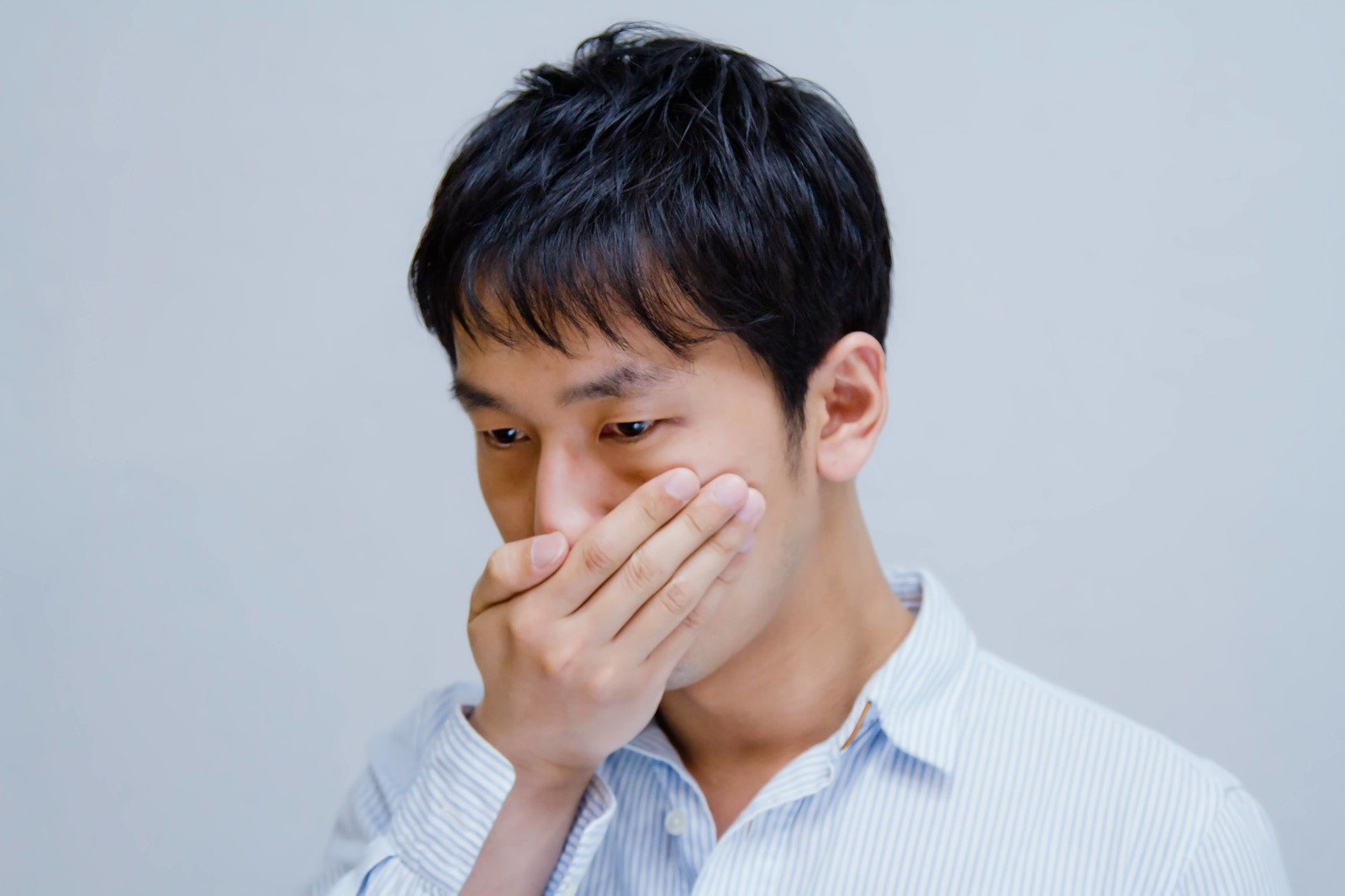 腸から口臭がくるって本当!?口臭の原因と対策まとめ