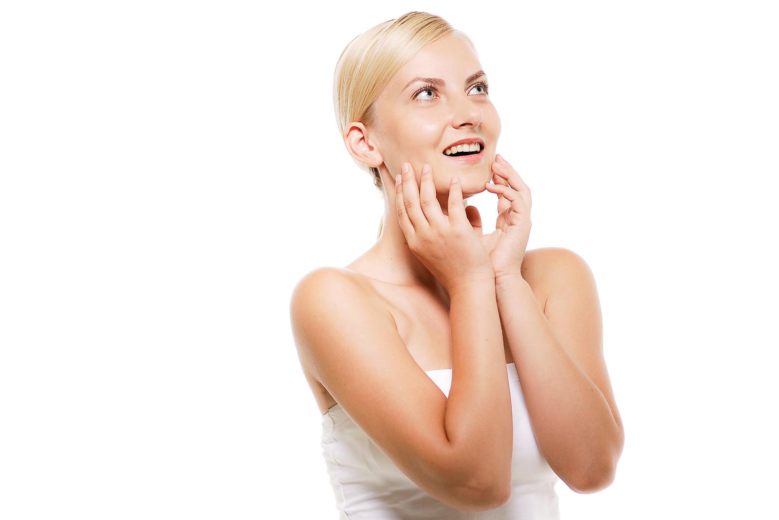 ホワイトニング後の歯磨きで白さをキープできる?効果的な方法を紹介